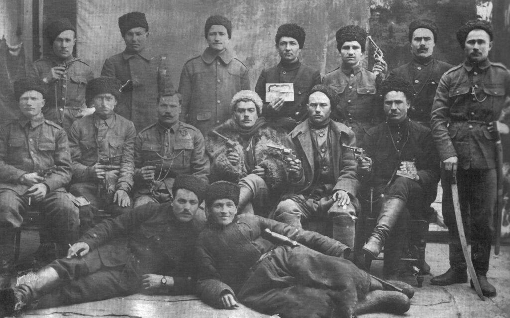 Казаки 2-й Кубанской казачьей дивизии генерала Фостикова. Декабрь 1919 года.