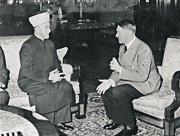 На свою сторону нацистам удалось привлечь некоторых видных религиозных деятелей: например, муфтия Иерусалима Амина аль-Хусейни, который встречался с Гитлером в 1941 году.
