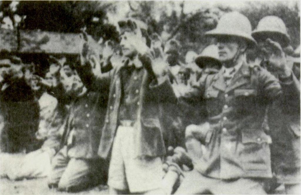 французские армейские военнослужащие, захваченные японцами в Ханое